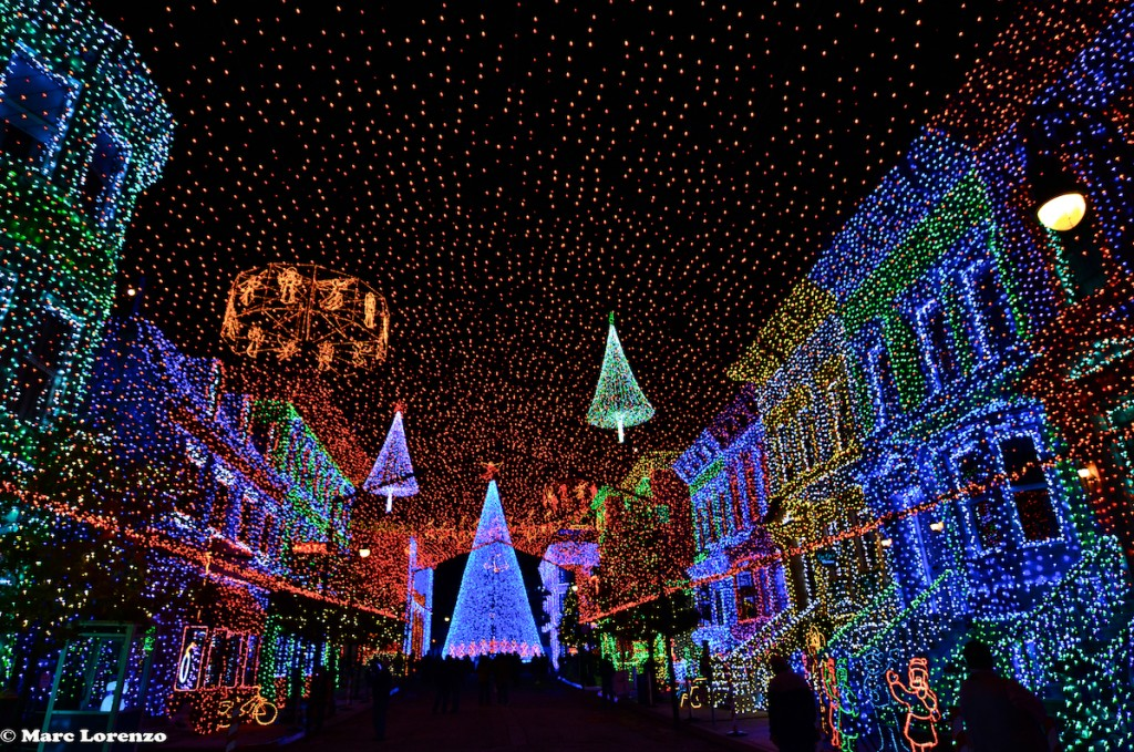 Orborne Spectacle of Dancing Lights